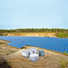 Utilização de um regulador de gerenciamento de alimentação na central fotovoltaica