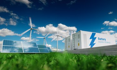Volatile feed-in management with solar panels, wind turbines, and energy storage systems
