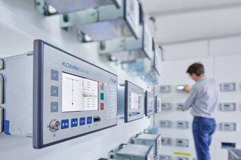 Stationsbesturingstechniek in de energiecentrale