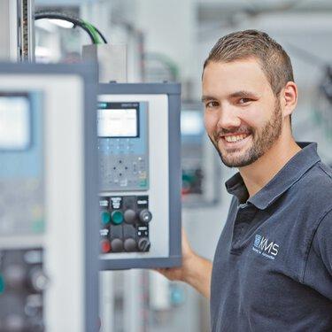 Daniel Infantone,KMS Automation 公司的電氣組裝部主管