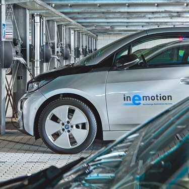 Bechtle: Staff parking garage with charging stations for 50 electric cars