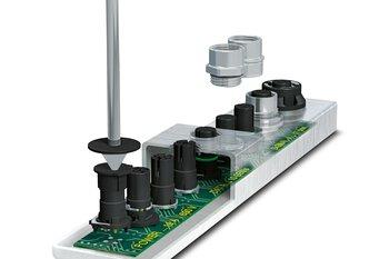 Apparaatconnectoren in M8 en M12 voor SMT en THR solderen
