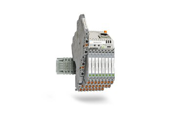 Highly compact signal conditioners with pluggable connection technology