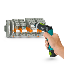 The SF-ASD 16 cordless screwdriver in use