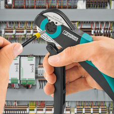 Crimping pliers in use