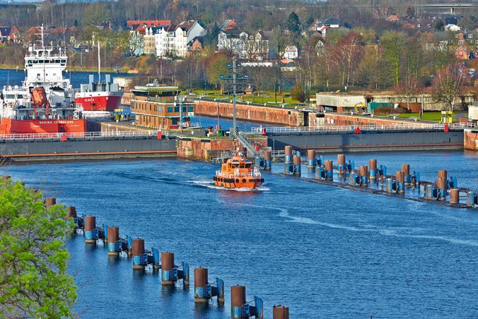 LED-basierte Signalisierung im Nord-Ostsee-Kanal