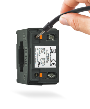 PACT current transformers for new installations: Wired quickly and tool-free with Push-in connection technology