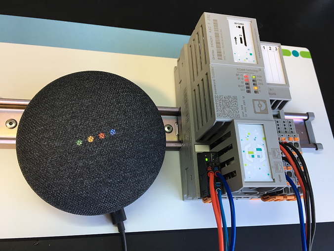 Jak wykorzystać asystenta głosowego Google w aplikacjach przemysłowych?