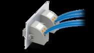 Zvenčí push-in, uvnitř šroubové připojení a pájený spoj