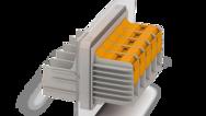 Zvenčí připojení T-LOX, uvnitř svorníkový spoj