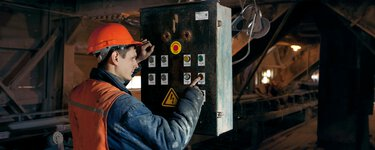 Marking and labeling for the mining industry
